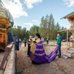 osvyashchenie-kupola-s-krestom-dlya-khrama_chasovni-na-nikolskom-skitu-v-soykino-2014-g_